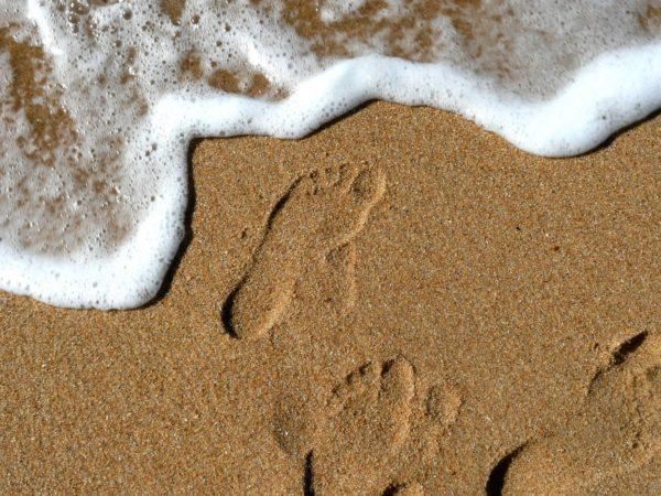 Sand zwischen den Zehen
