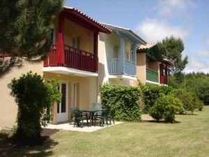Domaine-du-Golf-de-Pinsolle-Soustons-Pierre-et-Vacances-Appartements-terrasse