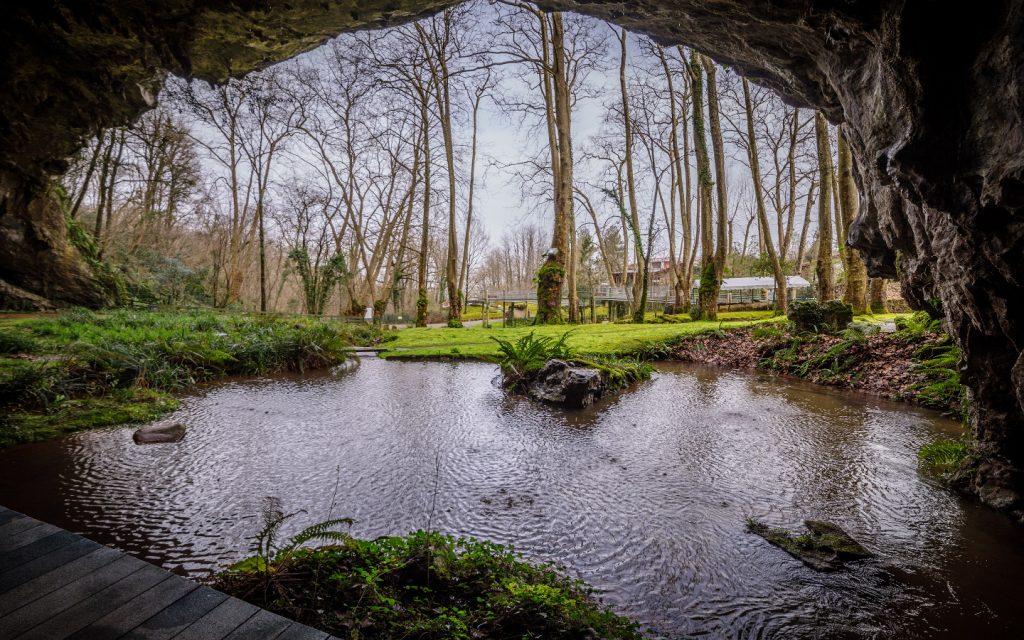 Grottes Sare porche-int2 1440×900