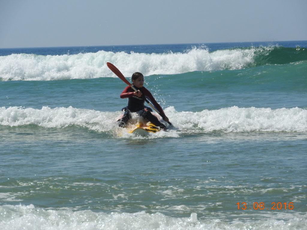 LEON_Canoe surfing_kayak surf 1