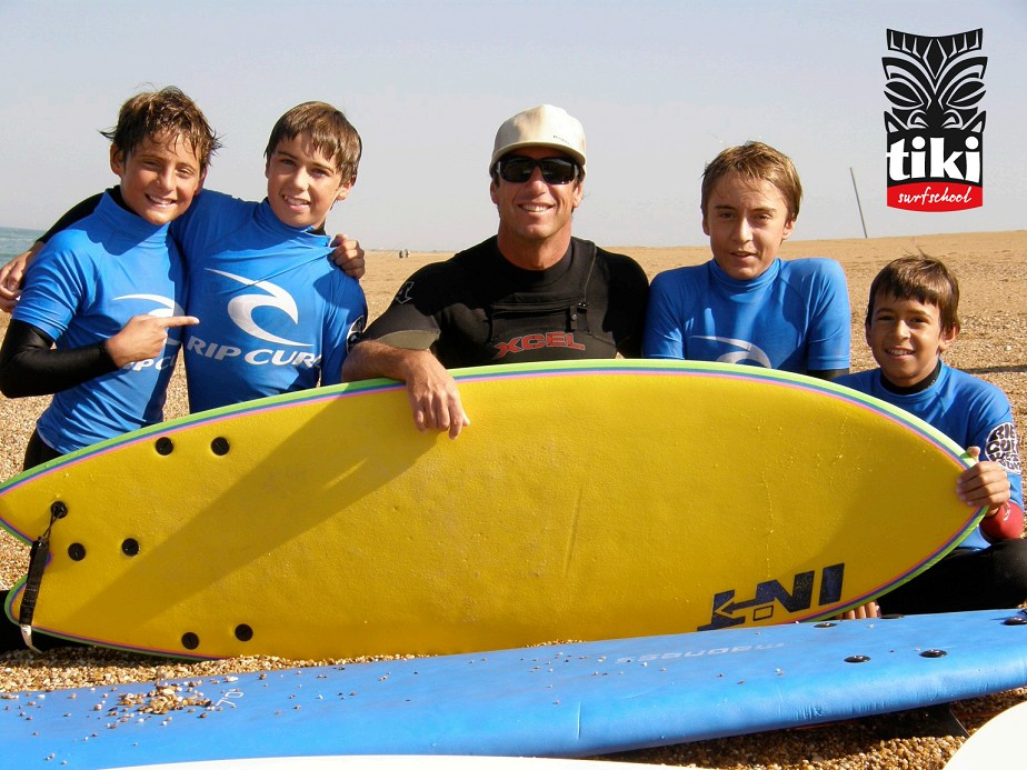 Tiki-surf-School-1