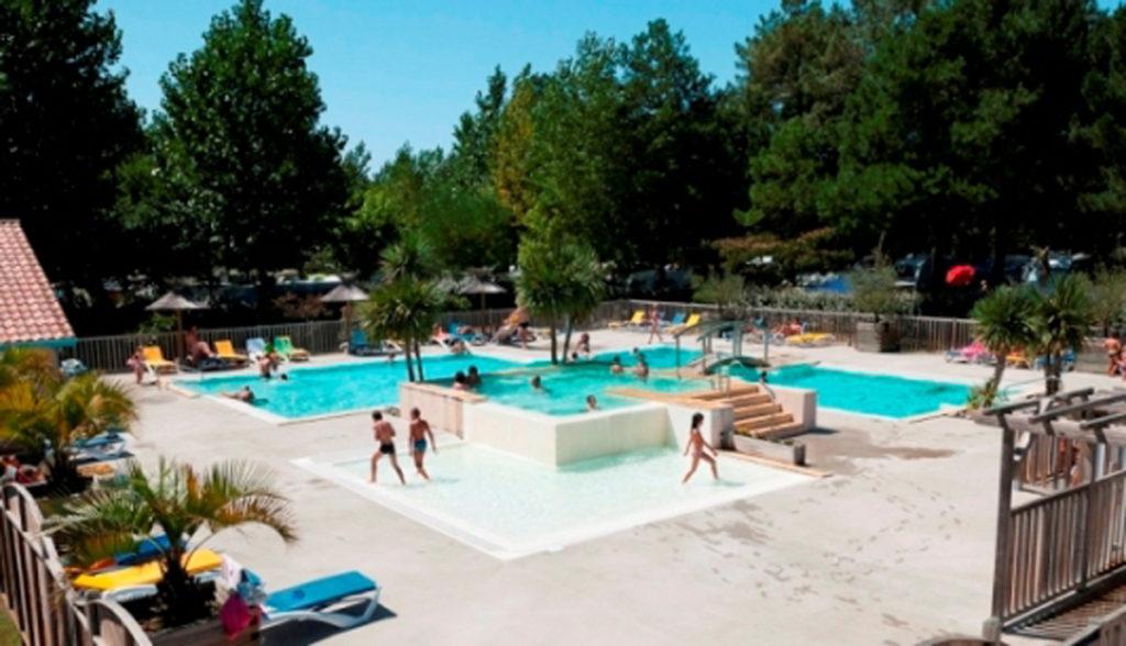 camping-la-cote-piscine-2013